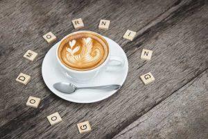 Routine mattutina - caffé e colazione